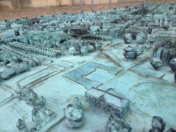Ein ertastbares Modell der Innenstadt von Neustrelitz.
